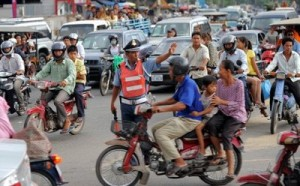 Traffic-in-Phnom-Penh-01-AFP